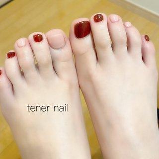 そろそろフットの季節♪♪♪ #tener_nail #nail #nails #gelnail #ネイル #テネルネイル #nailstagram #ネイルブック #美甲設計 #japan #東京 #新宿ネイルサロン#新宿 #ジェルネイル #네일#신주쿠 #パラジェル#nailiejp #フレンチ#hotpepperbeauty #春ネイル #ネイル好きな人と繋がりたい #フットネイル #ワンカラーネイル #フット #フットケア #フットカラー #フットデザイン #春 #夏 #海 #リゾート #フット #シンプル #ワンカラー #ショート #ピンク #レッド #ボルドー #ジェル #お客様 #テネルネイル tener nail #ネイルブック