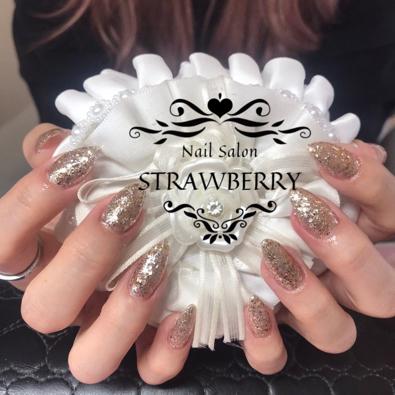 #ラメ#ホロ#キラキラ #Nailsalon strawberry (ネイルサロン ストロベリー) オートネイル導入店 オートネイルマスター講師 #ネイルブック