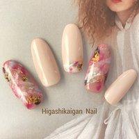 カラーズonピンク (パラジェル) #春 #夏 #パーティー #デート #ハンド #シンプル #ラメ #ワンカラー #ホイル #オーロラ #ミディアム #ホワイト #ピンク #ブラウン #ジェル #ネイルチップ #Higashikaigan Nail #ネイルブック
