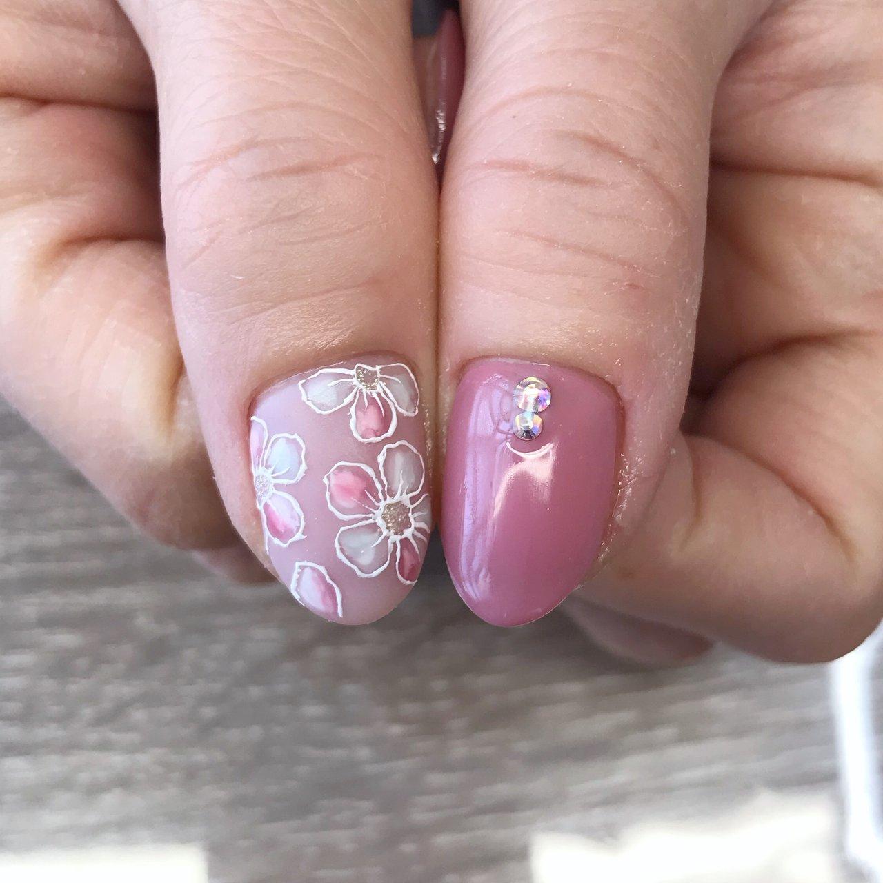 #はるねいる#春ネイル #フラワーネイル #手描きアート #nail salon PROTEA #ネイルブック
