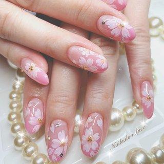 #春#桜#ピンク#グラデーション #Luce 〜ルーチェ〜 #ネイルブック