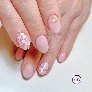 手描き 桜レース🌸 . . . こんな感じの手描きアートがしたいって、私のふんわりしたイメージだけお伝えして、見切り発車で描かせて頂きました🙇♀️ . . 桜レース🌸 . . こんな私を、いつも信頼して頂いてありがとうございます😊 これからも、精一杯頑張ります☆ . . . . . . . *・゜゚・*:.。..。.:*・:.。. .。.:*・゜゚・* . . nail salon Azllet (アズレット) . *東急東横線 祐天寺駅 徒歩3分 *目黒区祐天寺1-24-12近藤ビル102 *平日:11〜20時 *土日祝:10〜19時 *定休日:木曜日 . . *ご予約やお問い合わせは、公式LINEよりお願い致します♡ →@370tnmlw(@より検索下さい) . . . *・゜゚・*:.。..。.:*・:.。. .。.:*・゜゚・* . . . .  #お客様ネイル #手描き #手描きネイル #手描き桜 #桜手描きネイル #桜レース #桜ネイル #桜ネイル手描き #春ネイル #アズレット #azllet #nailsalonazllet #プライベートサロン #プライベートネイルサロン #ネイリストネイル #ネイルサロン目黒区 #ネイルサロン開業  #ネイルサロン祐天寺 #ネイル中目黒 #ネイル祐天寺 #女子力 #beauty #日々精進 #japannailist #japan #tokyojapan #涼木のり子 Azllet(アズレット・祐天寺) #ネイルブック