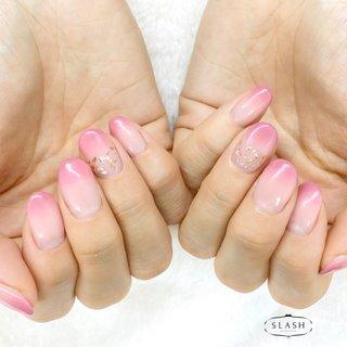 2色のピンクを使ったWグラデーション✨ ふんわり桜な雰囲気です♪  #桜#桜ネイル#ふんわり#ピンク#ピンクグラデーション#グラデーション#春#春ネイル#春ネイル2020 #春 #オールシーズン #ハンド #グラデーション #ショート #ピンク #ジェル #お客様 #slash_nail.tsukiyama #ネイルブック