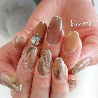 (*´∀`*)۶  #ニュアンスネイル #ブラウンネイル  #アシンメトリーネイル  #nail #nails #nailsalon #instanails #nailswag #nailstagram #nailart #naildesign #gelnails #manicurist #ネイル #ネイルデザイン #大人ネイル #ジェルネイル #ネイルサロン #八潮市 #八潮ネイル #八潮ネイルサロン #足立区ネイルサロン #北千住ネイルサロン #草加ネイル #三郷ネイル #自宅サロン #kicco_k #オールシーズン #女子会 #ハンド #ラメ #ニュアンス #マーブル #ミディアム #ブラウン #グレージュ #ゴールド #ジェル #お客様 #kicco_k.nail #ネイルブック