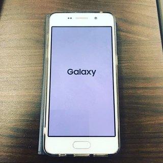 サロンの携帯がこの状態から動かなくなってしまいました💦  電話も繋がらず、LINEも見れない状態です。  お客様にはご迷惑をおかけしますが、お問い合わせはこちらのDMかネイルブックよりお願い致します。  ショップに行く時間が無く、どなたか分かる方いらっしゃいませんか😭 強制終了しても画面が動きません💦 . . #携帯#ギャラクシー#ドコモ#故障#ネイルサロン#ネイルサロンノア#船岡ネイルサロン#柴田町#船岡#仙南ネイルサロン #nao #ネイルブック
