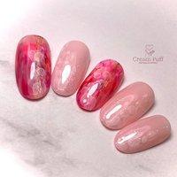 《儚桜色》はかないろ 散り際の美しい桜をイメージ #桜#さくら#ピンク#Pink#フラワー#ニュアンス#インク#ゴールド #春 #卒業式 #入学式 #グラデーション #ホログラム #フラワー #ニュアンス #ホワイト #ピンク #レッド #CreamPuff #ネイルブック