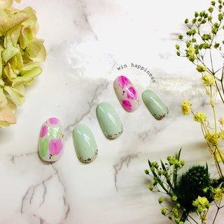 #ハンド #チューリップ#春ネイル#ピンク #くすみグリーン #Happiness Win #ネイルブック