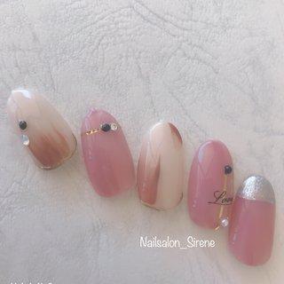 #ピンクグレージュ #ニュアンス  #オニキスブラック  #パール  #ストーン #春 #ピンク #アースカラー #ジェル #nailsalon_sirene #ネイルブック