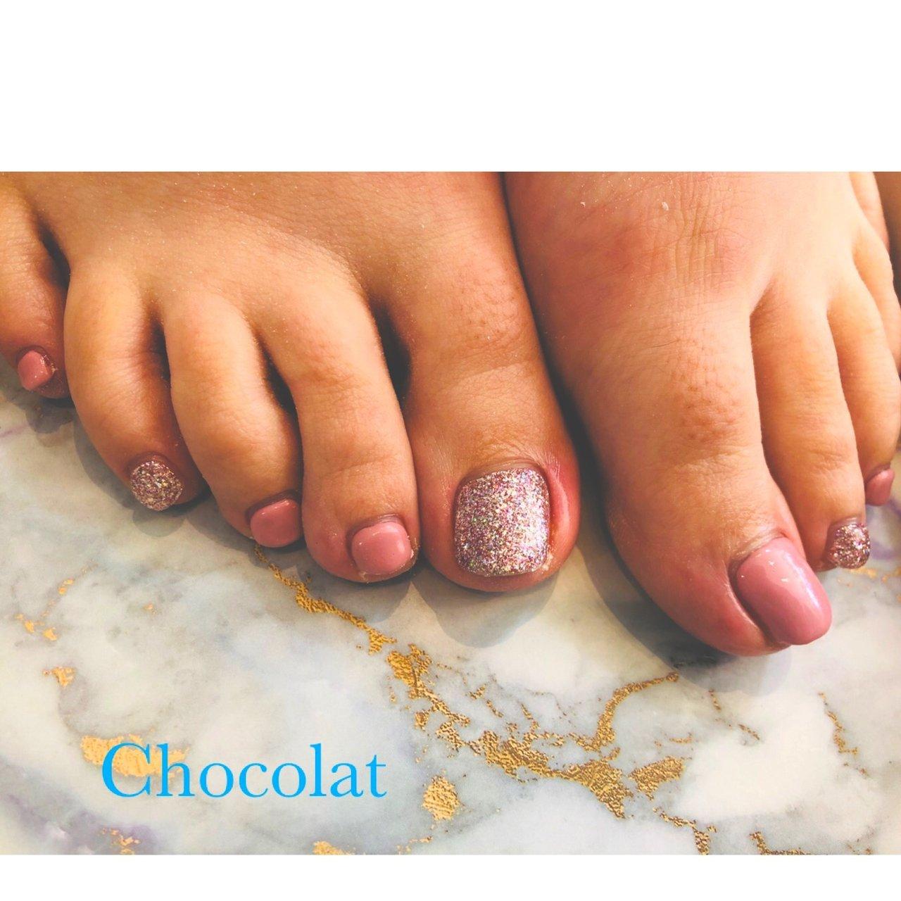 #Chocolat #フットネイル #ラメ#三色ラメ 春カラー#はる #chocolat214 #ネイルブック