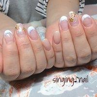 スタッズで桜と親指の大きめパーツをアクセントに💍✨ありがとうございました♪ #mihonailmiho #ネイルブック