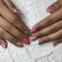 #豊橋 #yuima  フレンチからグラデーションへチェンジ お爪が綺麗に伸びてきました 大人の女性へと変身中 ヘアもネイルもとっても素敵です♪ #YUiMA #ネイルブック