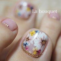 #お花ネイル #フラワーネイル#押し花 #押し花ネイル #春 #ハンド #ワンカラー #フラワー #ピンク #パステル #La bouquet ウサミレナ #ネイルブック