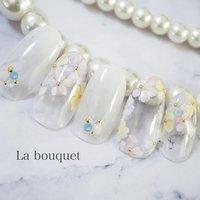 クリアベースに フラワーでフレンチ&囲みデザイン🌸  悲しいかな クリアベースのチップは 可愛さが伝わりましぇん😭  自爪にやるからこそ ネイルベッドのピンクが見えて 可愛んだなー🥰    #フラワーアート #アートレッスン #ネイルアート #ネイルレッスン #フラワーネイル #たらしこみフラワー #お花ネイル #お花アート  #La bouquet ウサミレナ #ネイルブック