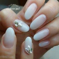 #mynail  最近はエアブラシ任せだったけど…久しぶりに筆で #白グラデーション  入学式は絶対白で!って決めてたのです😊  出られないけど…😭⤵️ ご予約、お問い合わせはLINE🆔→nsp0521  ネイルブックからもご予約頂けます。プロフィールをご覧下さい😊  #nail #nails #naildesign #nailsalon #jelnail #japan #instanail #fashion #nailart #winternails #springnails #ネイル #ネイリスト #ネイルデザイン #ネイルサロン #ジェルネイル #冬ネイル #春ネイル #ネセパネイル #さいたま市ネイルサロン #東浦和ネイルサロン #maogel導入サロン埼玉 #マオジェル導入サロン埼玉 #さいたま市ネイルスクール #セルフネイル向けスクール #シュガーネイル #春 #オールシーズン #入学式 #ハンド #シンプル #グラデーション #ビジュー #ホワイト #ジェル #お客様 #ネセパネイル salon&school #ネイルブック