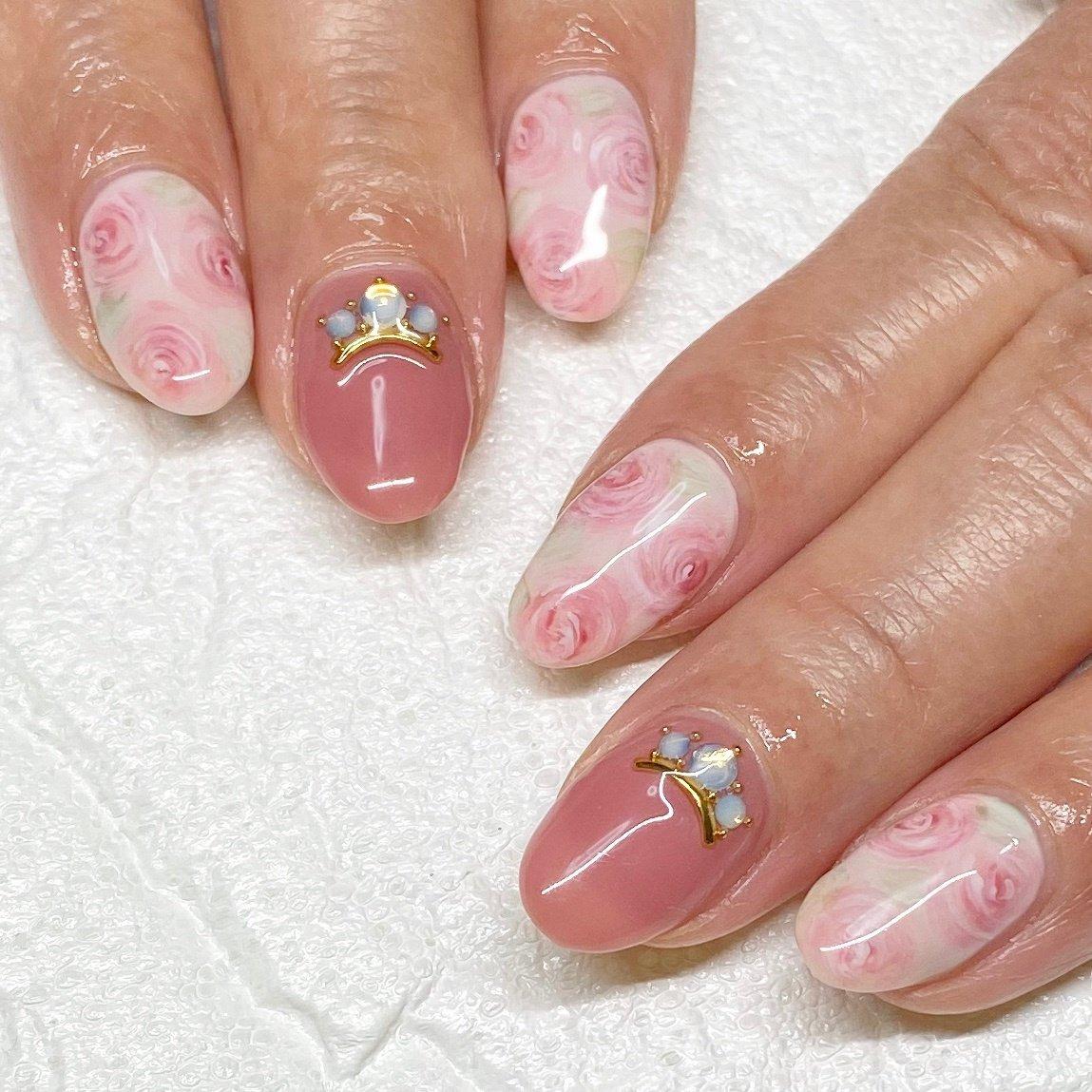 3月おすすめデザイン✨少し色を変えて・・ふんわりな薔薇🌹いつも有難うございます#ふんわりフラワー #春#フラワー#大人可愛い#薔薇ネイル #千葉市美浜区#検見川浜 #春 #ハンド #フラワー #ピンク #ジェル #お客様 #nail salon Lamer(ラメール) #ネイルブック
