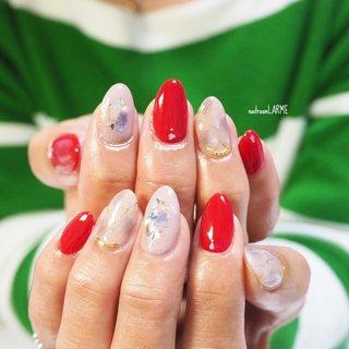#こんなときだからこそ #元気カラー  #レッド #赤 #天然石 #持ち込みデザイン  #シェル #nailroomLARME #ネイルブック