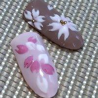 #指先に桜を飾って春を楽しみましょう。 #ジェルネイル #リーフジェル #3Dアート #JNA認定サロン #高岡ネイルサロン&スクール #春 #オールシーズン #入学式 #ハンド #シンプル #フラワー #ジェル #ネイルチップ #yunailist2 #ネイルブック