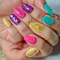". . ""Vivid colors..."" . . #luxurynailvoila  #makihorita  #nailsalon  #privatesalon  #fashion  #trend  #nail #nails  #jelnails  #springnails  #kawaii  #cute  #pretty  #japannails  #tokyo  #vividcolors  #小岩 #江戸川区  #小岩ネイル #小岩ネイルサロン  #春ネイル #カラフルネイル  #オシャレコーデ  #ファッションネイル  #ネイル  #パーツネイル  #ハートネイル  #オシャレ女子  #ホロネイル  #ラメネイル #Nailist maki #ネイルブック"