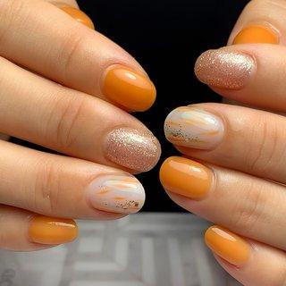 新しく入荷したこのオレンジ🧡 めっちゃいい色じゃない⁉️ネイル!   お客様のイメージと凄く合うオレンジなんですよねー!! 元気をもらえそうなビタミンネイルに♪♪   いつも娘と一緒にお客様の息子ちゃんが遊んでくれててスムーズに施術出来ます! ありがとうございます😊😊    #ジェルネイル#マオジェル導入サロン#マオジェル導入サロン神戸#マオジェル導入サロン兵庫県#マオジェル導入サロン灘区#マオジェル #ネイルサロン#ネイル#nail#ネイリスト#自爪育成#六甲道#新在家#灘区#子連れサロン#ベトロ#プリジェル#젤네일#maonail#maogel#ビタミンカラー #オレンジネイル#ニュアンス #オフィスネイル #春 #夏 #ハンド #ラメ #ニュアンス #オレンジ #ジェル #お客様 #bijou nail #ネイルブック