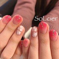 #ハンド #グラデーション #フラワー #ホワイト #ピンク #【SoLcier】ソルシエ #ネイルブック