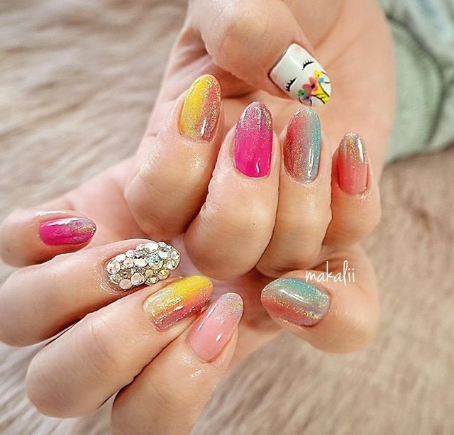 ・ 🌸🦄🌸🦄 colorful unicorn nail ・ ペイントで ユニコーンを…♡ ・ 可愛いネイルありがとうございました♡ ・ ・ ・  #nails#instanails#gel#naildesign#gelnail#nailart#springnails#ootd#nailstaglam#ネイル#ネイルアート#ファッション#ジェルネイル#ネイルサロン#ネイルサンプル#滋賀ネイル#甲賀市ネイル#春ネイル#네일#살롱#個性派ネイル#お洒落ネイル#オフィスネイル#トレンドネイル#ユニコーンネイル#カラフルネイル #colorful #makalii #ネイルブック