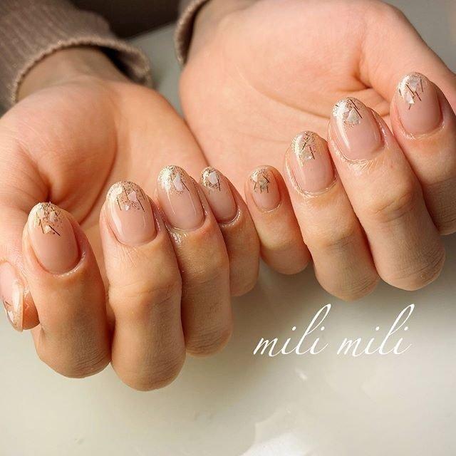 . 先端シェル.。◦ 控えめですが存在感のある仕上がりになりました♥ . .  #nails#springnails#onecolornails#simplenails#officenails#officenails#naturalnails#shellnails#nudenails#ネイル#大人ネイル#大人可愛いネイル#上品ネイル#可愛いネイル#春ネイル#オフィスネイル#ワンカラーネイル#マオジェル#maogel#ショートネイル#シェルネイル#209プックリン#210シックリン#鹿児島#鹿屋#都城#日南#串間#志布志#志布志ネイル#志布志milimili #春 #オールシーズン #オフィス #ブライダル #ハンド #シンプル #グラデーション #ラメ #ワンカラー #シェル #ショート #ベージュ #ゴールド #ジェル #milimili #ネイルブック