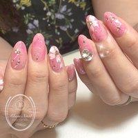 #春ネイル #桜ネイル . . . . キラキラな桜ネイル🌸 めちゃまわりから大好評って教えてもらえて嬉しいです〜💕 . . . ご予約、お問い合わせはDMもしくは、LINE@ ikp2662z または、#nailbook までお願いします。 https://nailbook.jp/nail-salon/26168/ . . ------------------------ 京阪牧野駅徒歩1分 枚方市牧野阪2-5-1 上羽ビル308 Blau Nail -ブラウネイル- ------------------------ . #駅近サロン #maogel導入サロン大阪 #シンプルネイル #ベース一層残し #フィルイン #シンプルネイル  #大人ネイル  #上品ネイル #ショートネイル #グラデーション #大人かわいい  #nailart #nailstagram #naildesign #newnails #nails #gelnail #スワロフスキー #swarovski #枚方市 #プライベートサロン #プライベートサロン大阪 #maogel導入サロン枚方市 #ネイルサロン枚方 #blaunail #ブラウネイル #ネイリストritsuko #春 #入学式 #パーティー #デート #ハンド #ホログラム #ラメ #ビジュー #フラワー #ロング #ホワイト #ピンク #レッド #ジェル #お客様 #blau_nail #ネイルブック