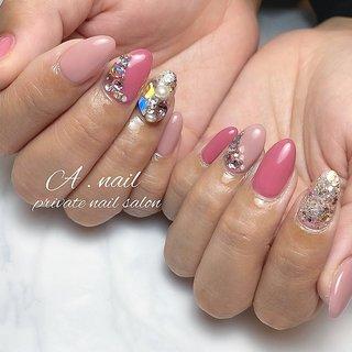 キラキラ✨ いつもありがとうございます♡♡ . . . . . ❥┉┉┉┉┉┉┉┉┉┉┉┉┉┉┉┉ 滋賀県大津市瀬田のプライベートサロン . 𝐴 . 𝑛𝑎𝑖𝑙 𝑝𝑟𝑖𝑣𝑎𝑡𝑒𝑛𝑎𝑖𝑙𝑠𝑎𝑙𝑜𝑛 ♔ 𝑁𝑎𝑖𝑙 𝑏𝑜𝑜𝑘オススメ認定サロン♔ .  フィルイン *自爪を削らないジェル使用(自爪を傷ませにくい)による付け替えでペラペラになりません♡  𝑁𝑎𝑖𝑙 𝑏𝑜𝑜𝑘よりご予約お待ち致しております。 . #フィルイン #フィルイン一層残し #ジェルネイル #ネイル #ネイルデザイン #自爪 #ピンクネイル #スワロフスキーネイル #スワロフスキー #swarovski #春ネイル #ピンクネイル #nail #nails #nailart #newnail #instagood #instanails #滋賀美容 #滋賀ネイルサロン #滋賀ネイル #瀬田ネイルサロン #プライベートサロン #maogel導入サロン #followme #春 #オールシーズン #ハンド #シンプル #ホログラム #ラメ #ビジュー #ピンク #シルバー #ジェル #お客様 #A . nail ~private nailsalon ~ #ネイルブック