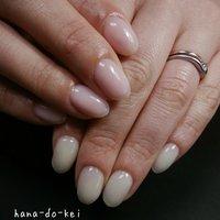左 うすミント 右 うすピンク #松田ゆかり #ネイルブック