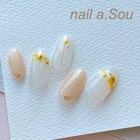 #押し花ネイル の押し花はいろいろなカラーを揃えております。 お好きなお花をお選びください #nail.a.Sou #ネイルブック