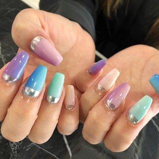 自爪でロングネイルキープ 保護も兼ねましたお手もとのお手伝いを 致します。 伸びた時の美しさを重視しました 施術を行います。 オールジャンルでお楽しみ頂けます幅広いデザインを ご提供致します。 #オフィスネイル #派手ネイル #シンプル #スワロフスキー #おしゃれネイル #自爪育成 #自爪育成サロン #ミラーネイル #春 #オールシーズン #リゾート #オフィス #シンプル #グラデーション #ビジュー #ユニコーン #ミラー #ロング #ピンク #水色 #メタリック #aphrodite_nail #ネイルブック