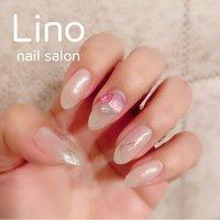 ホワイトミラーmy nail #春 #夏 #ハンド #シンプル #ビジュー #ミディアム #ホワイト #ジェル #セルフネイル #Lino #ネイルブック