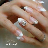 一度やってみたかった!と言うVカットストーン✨  お子さまの入学式を控えてるのです😊 どうかどうか、出られますように〜〜〜🙏 ネイルブックからもご予約頂けます。プロフィールをご覧下さい😊  #nail #nails #naildesign #nailsalon #jelnail #japan #instanail #fashion #nailart #winternails #springnails #ネイル #ネイリスト #ネイルデザイン #ネイルサロン #ジェルネイル #冬ネイル #春ネイル #ネセパネイル #さいたま市ネイルサロン #東浦和ネイルサロン #maogel導入サロン埼玉 #マオジェル導入サロン埼玉 #さいたま市ネイルスクール #セルフネイル向けスクール #春 #オールシーズン #入学式 #ハンド #フレンチ #ラメ #ビジュー #ホワイト #シルバー #ジェル #お客様 #ネセパネイル salon&school #ネイルブック