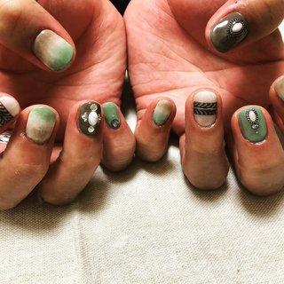 #ネイティブネイル #ボヘミアンネイル #ビーチネイル #ジェルネイル #gelnails #スカルプネイル #sculptednails #春ネイル #springnails #インスタ映え #夏ネイル#summernails #秋ネイル #autumnnails #ネイル #ネイルデザイン #nail #nails #nailstagram #nailart #naildesign #個性派ネイル #派手ネイル #高田馬場 #西早稲田 #面影橋 #高田馬場ネイル #西早稲田ネイル #オールシーズン #旅行 #海 #リゾート #ハンド #グラデーション #ワンカラー #ネイティブ #ボヘミアン #エスニック #ショート #ベージュ #グリーン #ブラウン #ジェル #お客様 #Juri #ネイルブック