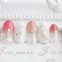 ただデザインを塗るのは簡単。 持ち、見た目を大事にし、爪、手そのものが綺麗に見えるネイルをします。  #シンプルネイル #オフィスネイル #上品ネイル #栃木県ネイルサロン #北関東ネイルサロン #春 #夏 #オフィス #デート #シンプル #ラメ #シェル #Nozawa Yumi #ネイルブック