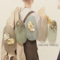 #ピスタチオカラー #ちゅるんネイル #春 #夏 #ハンド #ニュアンス #ミディアム #ベージュ #グリーン #スモーキー #ジェル #ネイルチップ #naturalbeauty #ネイルブック