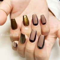 . 色んなお色を試してこのデザインに✩ 数日後、全部グレージュ×ブラックにお直しもしました☺️ シンプルでおしゃれです✩.* .  #nails#springnails#onecolornails#simplenails#officenails#officenails#naturalnails#graynails#blacknails#goldnails#sculpture#ネイル#大人ネイル#大人可愛いネイル#上品ネイル#可愛いネイル#春ネイル#オフィスネイル#ワンカラーネイル#グレージュネイル#ブラックネイル#ゴールドネイル#スカルプネイル#鹿児島#鹿屋#都城#日南#串間#志布志#志布志ネイル#志布志milimili #オールシーズン #ハンド #シンプル #ラメ #バイカラー #ブロック #ミディアム #ブラウン #ブラック #ゴールド #ジェル #milimili #ネイルブック