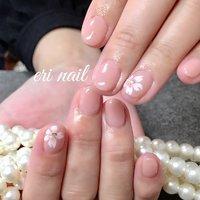 オフィス桜ネイル🌸 今回はオフィス用にシンプルネイルに…。1本づつ桜を描いて下さい✨とのことでした🤗💕 肌馴染みのいいカラーにほんのりピンクの桜ネイルが上品で可愛らしくてお客様にとってもお似合いでした🌸✨ 素敵😍✨ #春 #ハンド #フラワー #ピンク #ジェル #お客様 #名古屋市天白区 自宅ネイルサロン eri nail #ネイルブック