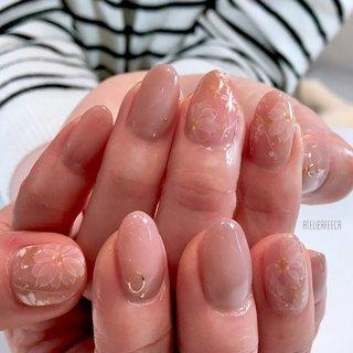 ・ 桜🌸シリーズ 今年もたくさんの桜が皆様のお爪を彩りました🌸 日本で一番好きな季節です♡ が、今年は心がざわついて仕方ない季節となりました😢 ・ でも来年もまた綺麗な桜🌸が満開になるはず。 震災の時も今までも、必ずまた桜の季節が来たもの。 早い終息を願って止みません。 ・ ・ #桜ネイル#春ネイル#和婚 #ブライダルネイル #創作ネイル #入学式ネイル #卒業式ネイル#春ネイル#ネイルチップ#フィルイン#nailart #naildesign #nail #craft #ネイルデザイン#ナチュラルネイル #個性派ネイル #大人ネイル #前撮り #和装 #京都 #宇治 #宇治ネイルサロン #城陽ネイルサロン #城陽ネイル#atelierfeeca #アトリエフィーカ #美甲 #shiho #ネイルブック