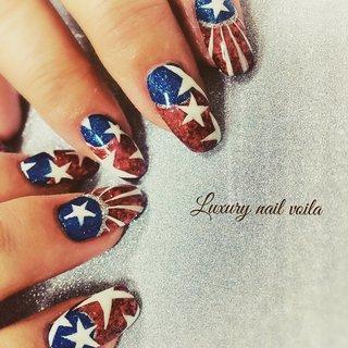 ". . ""Love 🇺🇸 USA..."" . . #luxurynailvoila  #makihorita  #nail  #nails  #naildesign  #nailart  #handdrawing  #art  #design  #nailstagram  #nailiejp  #nailpolish  #fashionnails  #japannails  #tokyo  #nailsalon  #glitternails  #usanaildesign  #lovenails  #loveamerica  #ラグジュアリーネイルヴォアラ #小岩ネイル  #小岩ネイルサロン  #ファッションネイル  #手描ネイル  #海外風ネイル #海外ファッション  #カジュアルコーデ  #オシャレネイル  #ファッションネイル  #キラキラネイル #Nailist maki #ネイルブック"