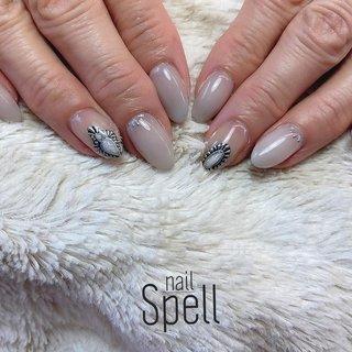 grey jewelry💅 ︙ #gelnail#gel#nailspell#nailstagrame #nailsalonspell #nails #春ネイル#ネイル#手描きアート#ジェルネイル#ネイルデザイン#コンチョネイル#ネイルブック #kokoist#上田市ネイルサロン#stonenails #グレーネイル#大理石ネイル#ジュエリーアート #nailSpell_azusa #ネイルブック