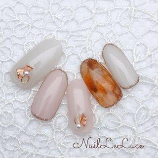 . ┴─┴┴─┴┴─┴✩.*˚*. . 透明感たっぷり春先の べっ甲のクリア.ver また、新鮮でいいですね! . *.✩.*┴─┴┴─┴┴─┴┴ . . . . . #nailstylist #nailsaddict #nailsnailsnails #coolnailart #frenchnails #simplenails #beautyas #ikebukuro #privetesalon #nailleluce  #シンプルネイル #スタイリッシュネイル #シンプルなネイルが好き #池袋南口 #プライベートサロン #透け感ネイル #大人のネイルサロン #大人のネイルアート #オトナ女子ネイル  #透けるべっ甲 #透け感べっ甲 #透明感カラー #透明感たっぷりネイル #オールシーズン #オフィス #女子会 #ハンド #シンプル #シェル #パール #べっ甲 #ショート #ブラウン #スモーキー #ジェル #ネイルチップ #m.hirano•*¨*☆*・゚〖NailLeLuce〗 #ネイルブック
