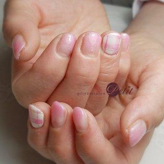 いつもありがとうございます♡  #ラメグラデーション #チェックネイル #シンプルネイル😉 #ピンク系ネイル💅 #春 #ハンド #お客様 #privatesalonプティ♡akane.(石川県内灘町) #ネイルブック