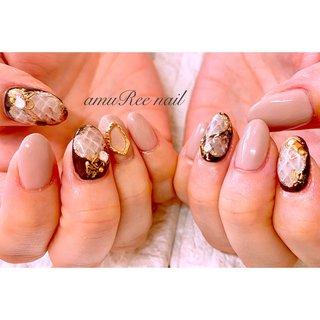 【3か月でジェルの持ちを改善 健康な爪へと育てなおす】 長崎市内にある健康爪nailサロン  amuRee nail-アムリーネイル-です♡    ************************  ジェルネイルの持ちが悪いと諦めていませんか?  □ジェルネイルが2週間ほどで浮いてくる… □浮いてきて自分で剥がしたら爪がボロボロ… □サロンで持ちが悪い爪だと言われた… □ジェルネイルで爪が傷んだと感じる… □爪の形が綺麗じゃない □シュっとした爪になりたい  こんなお悩みの方は是非聞かせてください✨  イベント出店時には常に満席! のべ400人を動員したネイリストが 経験を生かしたこだわりメニューで あなたのお悩みを改善します♡  持ちが良くなるだけでなく 健康な爪へ育てていくので   ◉見た目が綺麗になった ◉つめの形が改善された ◉つめが折れにくくなった など 理想の爪先へと近づけていきます!  𑁍𑁍ジェル持ち改善の秘訣𑁍𑁍 爪を育てるネイルケアとは? 🔻詳しくは プロフィールから専用サイトへ @amureenail  #アムリーネイル #amuReenail #長崎市ネイル #長崎市パラジェル #パラジェル長崎 #長崎市ジェルネイル #長崎美容イベント #長崎ネイリスト #長崎市爪を育てるネイルサロン #長崎市住吉ネイル #住吉ネイルサロン #ネイルデザイン #プライベートサロン #プライベートサロン長崎 #長崎市自宅ネイルサロン #長崎ネイル #長崎ネイリスト #長崎市マルシェ #健康爪 #爪を育てるネイルサロン長崎 #長崎健康爪 #長崎市カフェ #長崎市習い事 #長崎市ネイルサロン #長崎小さなサロン #長崎お家ネイルサロン #ジェルの持ち改善#パイソン柄 #春 #夏 #秋 #冬 #ハンド #アニマル柄 #くりぬき #ブロック #ミディアム #ホワイト #ブラウン #グレージュ #ジェル #お客様 #amuRee nail #ネイルブック