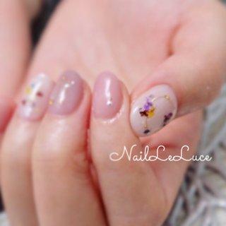 . ┴─┴┴─┴┴─┴┴─┴✩.*˚ . おやすみ中でも、みなさんの 心のほっこりとか、この次は これがいいな♡の、妄想に 役に立つネイル画像のupは していきますからねー( ¨̮ )︎︎♡ . ✩.*˚┴─┴┴─┴┴─┴┴─ . . . .  #nailstylist #nailsaddict #nailsnailsnails #coolnailart #frenchnails #simplenails #beautyas #ikebukuro #privetesalon #nailleluce  #シンプルネイル #スタイリッシュネイル #シンプルなネイルが好き #池袋 #プライベートサロン #すみれ色ネイル #モーブカラーネイル #ブーケネイル #大人のネイルサロン #大人のネイルアート #オトナ女子ネイル  #押し花ネイル🌸 #押し花ネイルデザイン #花冠を爪先に #ネイルは心のサプリです #ネイルはテンション上がる #オールシーズン #ハンド #ワンカラー #フラワー #ニュアンス #押し花 #ショート #ピンク #スモーキー #ジェル #お客様 #m.hirano•*¨*☆*・゚〖NailLeLuce〗 #ネイルブック