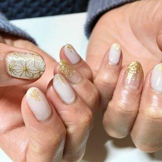 . #nail #naildesign#nailart#ネイル#ネイルデザイン#ネイルアート#ジェルネイル#麻の葉模様#麻の葉ネイル#シンプルネイル #オールシーズン #ハンド #ラメ #和 #ミディアム #ホワイト #ゴールド #ジェル #お客様 #e.nail #ネイルブック