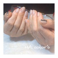 beigenail・ ・ ・ 少し深めの色がお似合いのお客様に合わせたオリジナルカラーです。・ ・ これから休業前にさせてもらったネイルやサンプルチップも載せていきたいと思います🙊 ・ ・ ・ NA.color 's ・ ------------------------------------------ 爪を大切に安心して付け替えが出来るフィルイン導入サロン・ ・ ♣︎ただいま新型コロナウイルス対策の為営業を自粛させて頂いています。 ・ @nailsalon_na.colors ・ ♣︎お問い合わせはこちらよりお願いします LINE ID→@jsw8391c(@を付けて検索) TEL→050-3627-5620 ・ ・ #フィルイン #精華町ネイルサロン #プライベートサロン  #癒しの空間 #ジェルネイル #パーソナルカラー診断 #ショートネイル #シンプルネイル #パラジェル #ココイスト #精華町 #新祝園駅 #祝園 #奈良市 #木津川市 #高の原 #NAcolors  #ナカラーズ #ベージュネイル  #コロナが落ち着いたらやりたいネイル  #レースネイル #オリジナルカラー ----------------------------------------- #オールシーズン #ハンド #ワンカラー #ストライプ #レース #ミディアム #ベージュ #ブラック #ジェル #お客様 #NA.colo's ナカラーズ #ネイルブック