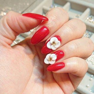 #春 #夏 #ハンド #シンプル #ワンカラー #フラワー #3D #ニット #ミディアム #ホワイト #レッド #ジェル #セルフネイル #Private nail salon HORM #ネイルブック