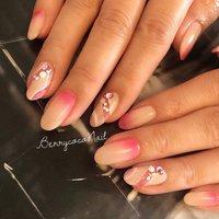 #春 #ハンド #ミディアム #ホワイト #ピンク #ジェル #お客様 #BerrycocoNail #ネイルブック