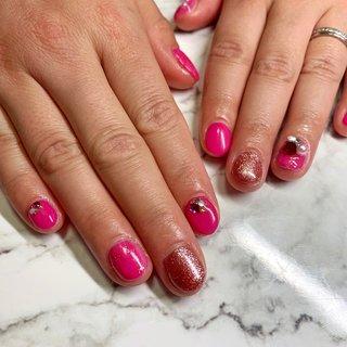 #お客様ネイル #ピンク #ラメ #vカットストーン #M. nail #ネイルブック